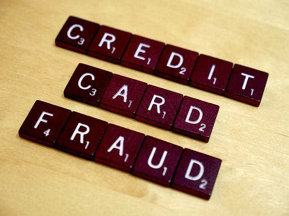 Credit card fraud 10 Smart tips to avoid Credit card fraud into your Daily life